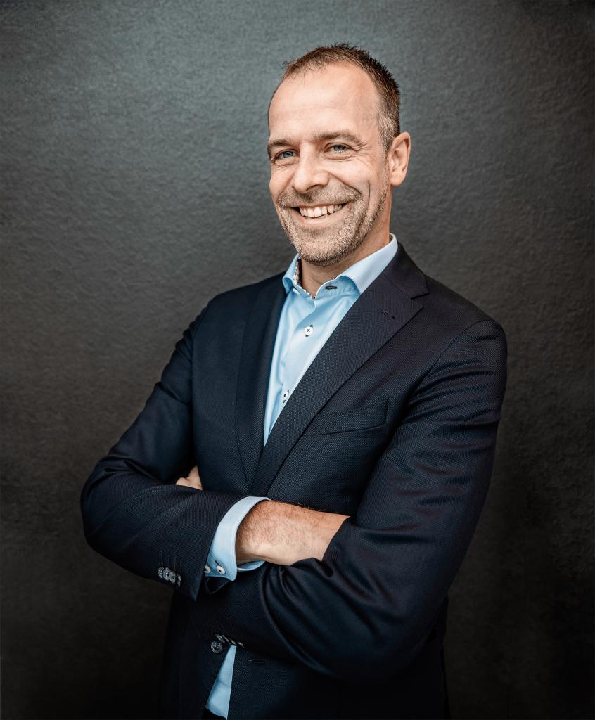 speaker - Niels van den Beucken